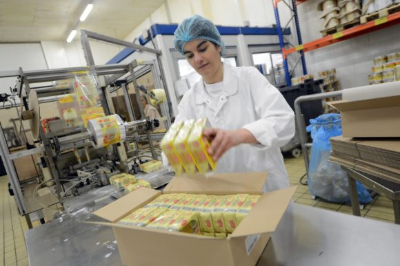 about-us-employees-manufacturing-butter-cheeses-grand-fermage