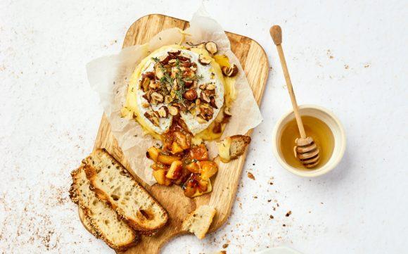 Fromage Crémeux du Poitou rôti aux pommes, poires et fruits secs